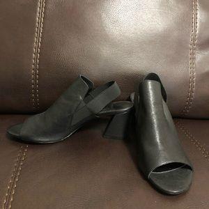 Jildor black heel!!